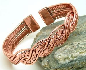 M22: Magnetic Copper Mexican Twist Bracelet